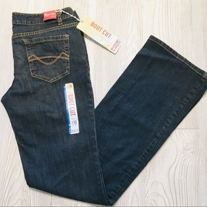Mossimo Low Rise Boot Cut Jeans Size 9